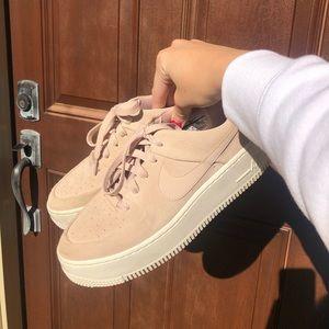Sage Nike Air Force 1